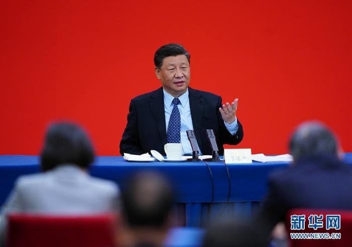 习大大看望参加政协会议的经济界委员3